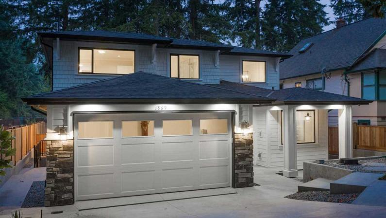 1869 Peters Road, Lynn Valley, North Vancouver